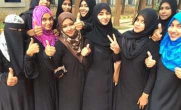 du lịch malaysia nên mặc gì